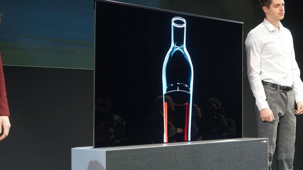 Foto: La LG Signatura R OLED. (M.Mcloughlin)