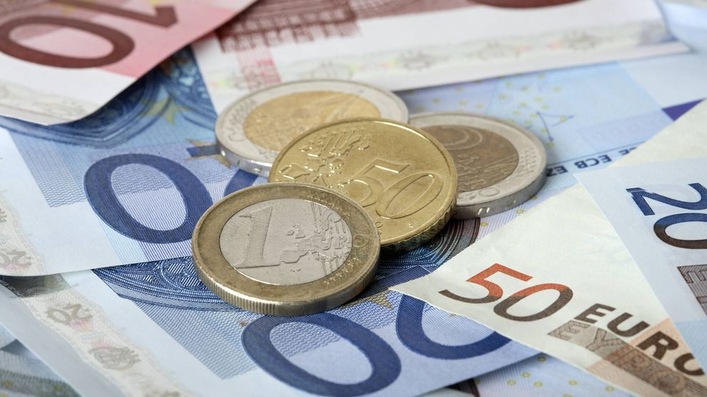 Depósitos de hogares y empresas suben un 0,4%, hasta 1,083 billones de euros