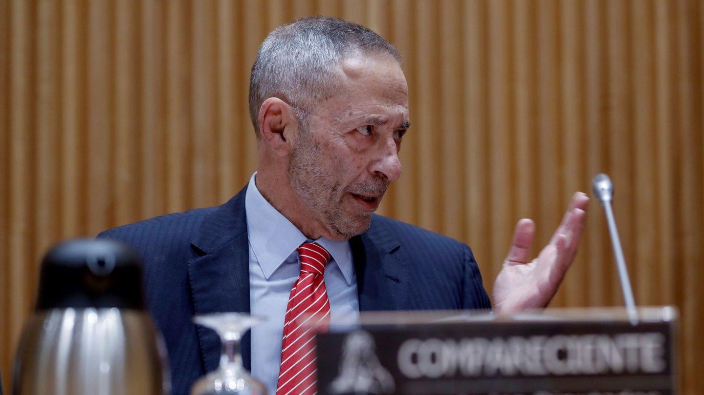 Julio Segura, comparece en la Comisión de investigación de la crisis. (EFE)