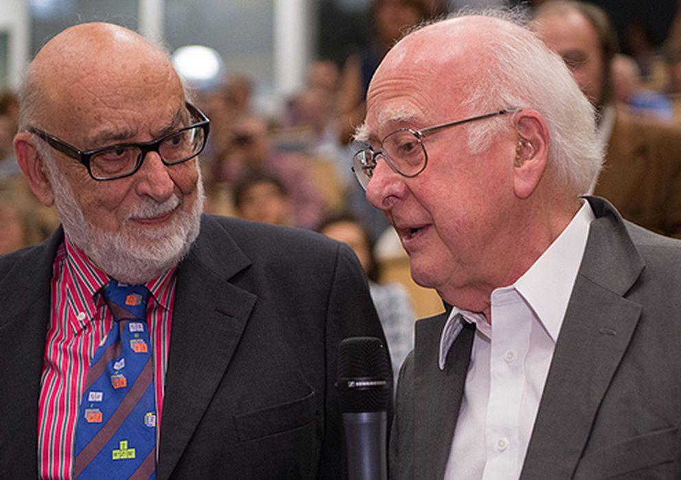 Foto: François Englert y Peter Higgs, ganadores del Premio Nobel de Física 2013