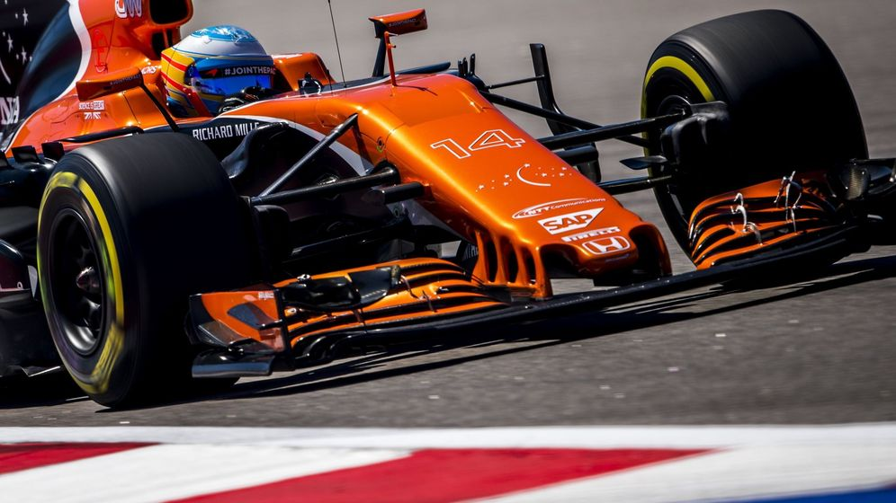 Foto: Alonso, en el Gran Premio de Rusia. (EFE)