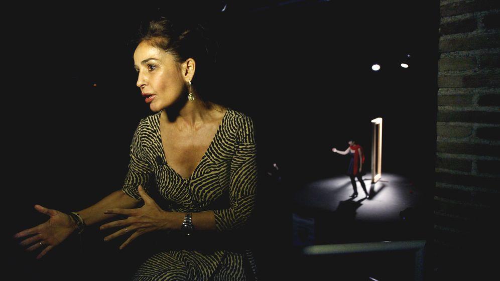 Foto: Blanca Marsillach, en un momento de la representación de una obra. (Enrique Villarino)