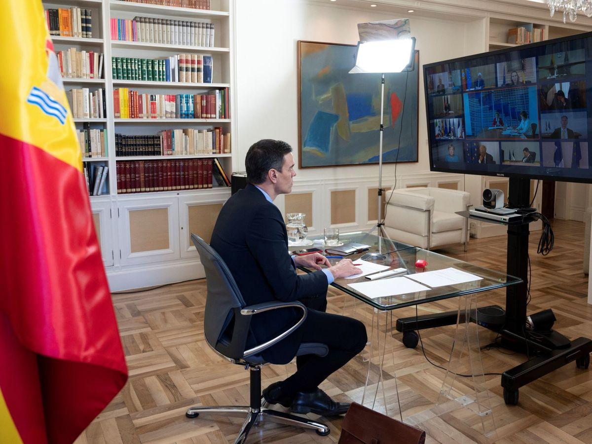 Foto: El presidente del Gobierno, Pedro Sánchez, participa en el Consejo Europeo que se celebró por videoconferencia. (EFE)