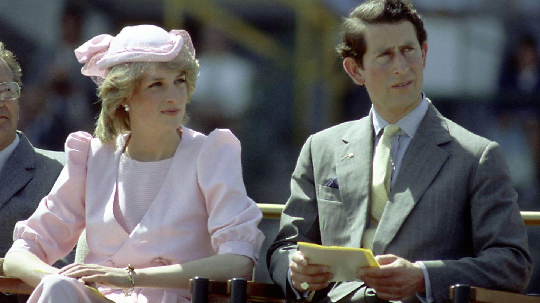 Diana y Carlos, en un viaje a Australia en 1983. (Getty)