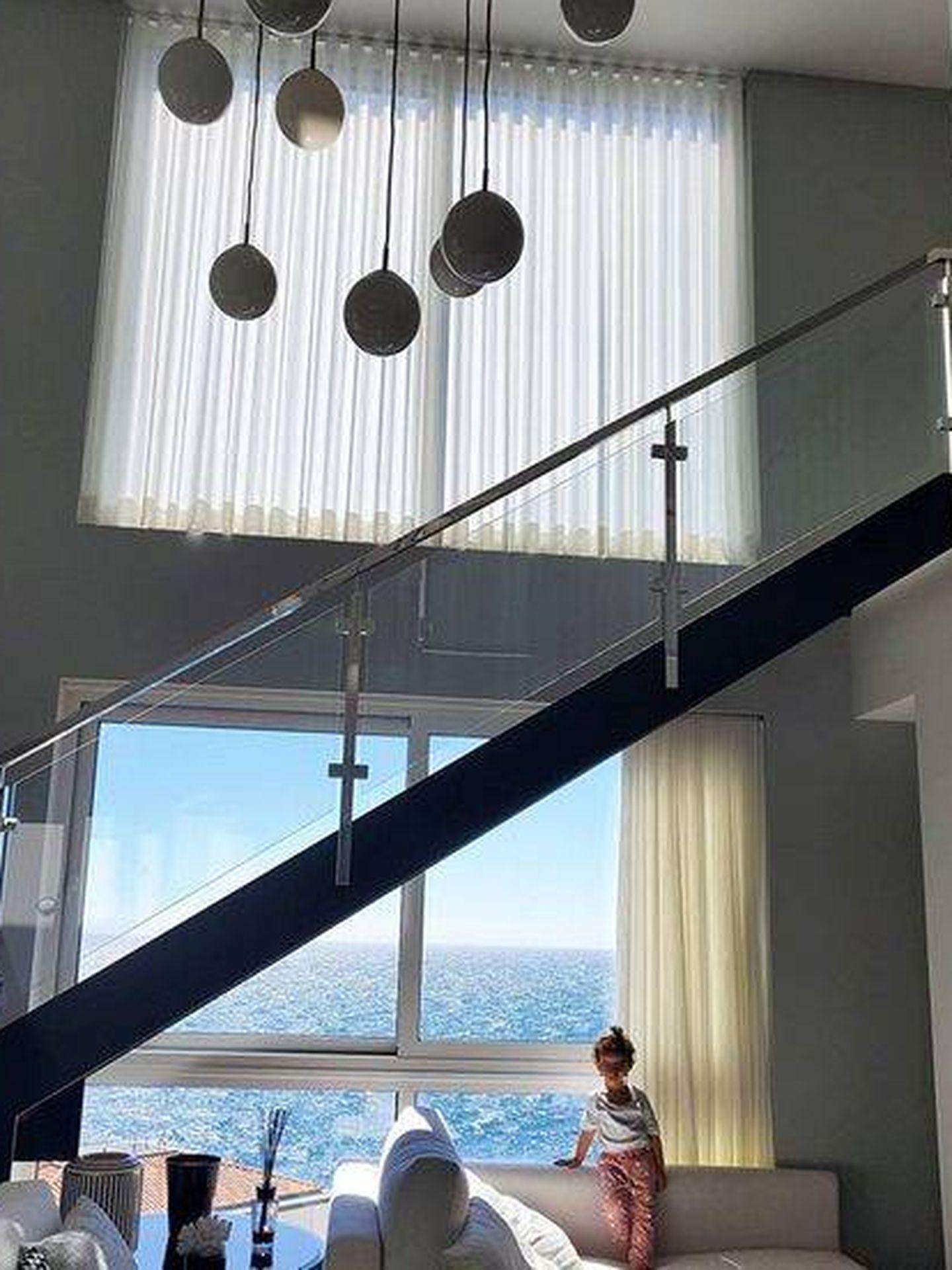 El interior de la casa. (Instagram @georginagio)