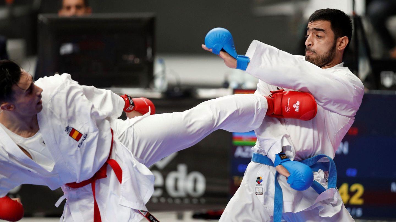 Combate por equipos entre las selecciones de España y Azerbaiyán en los mundiales de Madrid. (EFE)