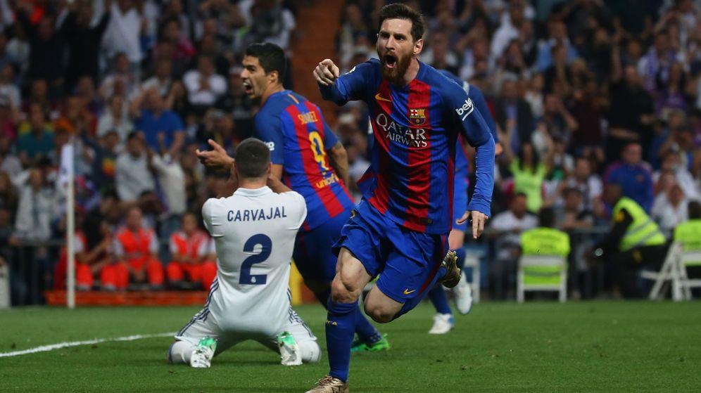 Foto: Leo Messi, nada más anotar el tercer gol culé de la noche. (Reuters)