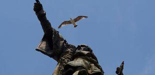 Post de ¿Dónde apunta el dedo de Colón en Barcelona? Historia increíble de una estatua