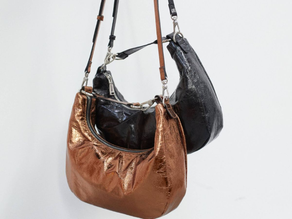 Foto: El nuevo bolso de Parfois está disponible en dos colores. (Cortesía)