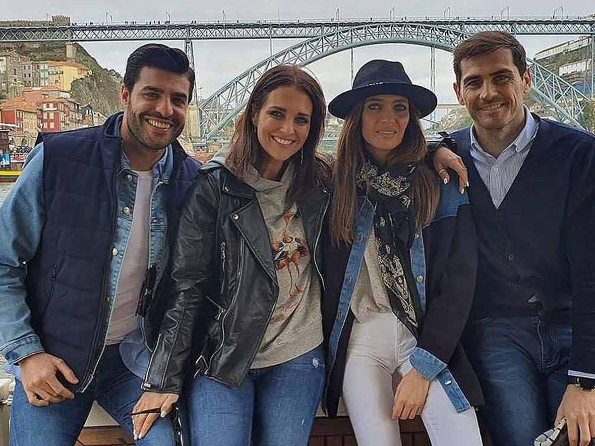 Foto: Miguel Torres, Paula Echevarría, Sara Carbonero e Iker Casillas en Oporto. (IG)
