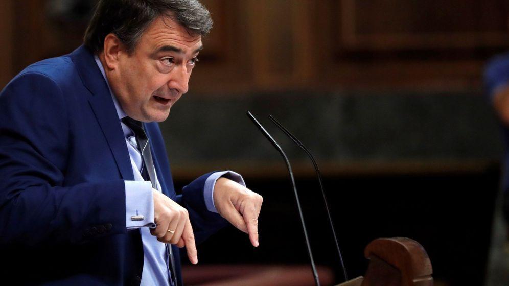 Foto: El portavoz del Partido Nacionalista Vasco en el Congreso de los Diputados, Aitor Esteban. (EFE)