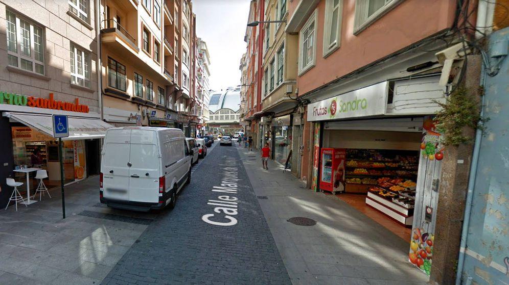 Foto: La frutería de Sandra, en la que fue agredida por vender fruta catalana (Foto: Google Maps)