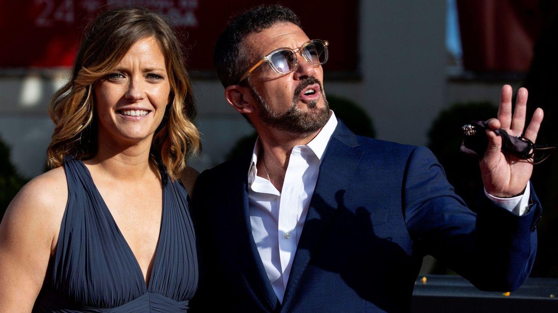 María Casado y Antonio Banderas, en la clausura del Festival de Málaga. (EFE)