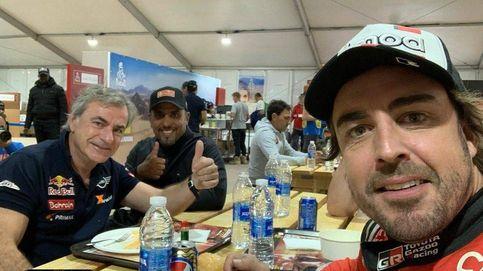 ¿Quién roncará más alto?. Así duermen juntos Carlos Sainz, Fernando Alonso...