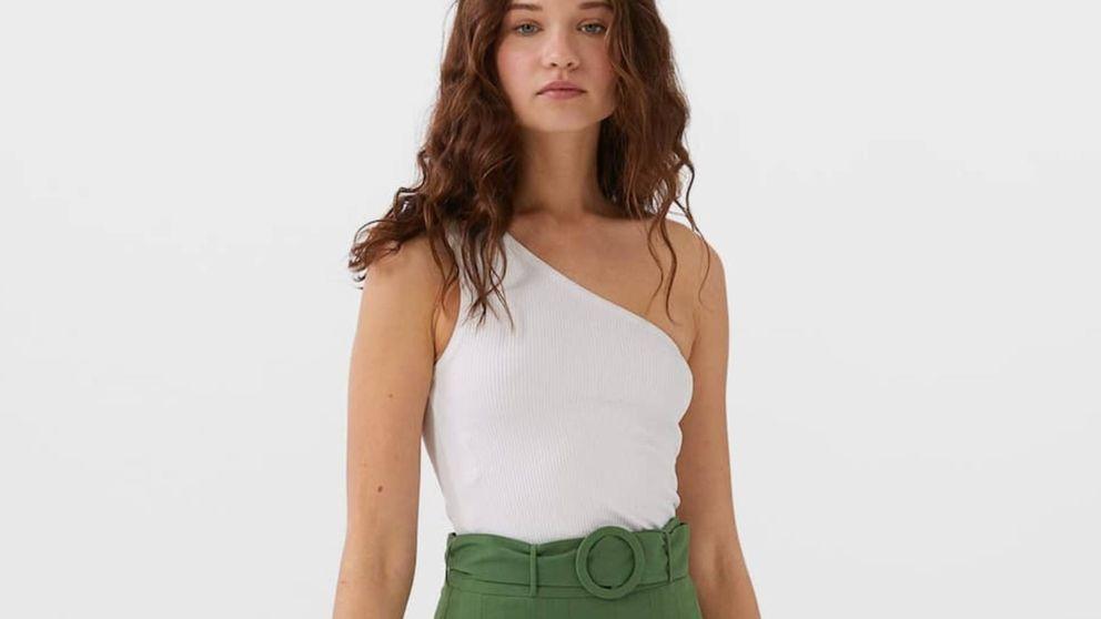 Ya tenemos prenda favorita de Stradivarius para esta temporada y tú también vas a flipar con esta falda pantalón