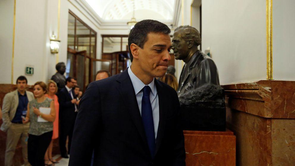 Sánchez vuelve a 'desaparecer' para desviar la presión hacia Rajoy