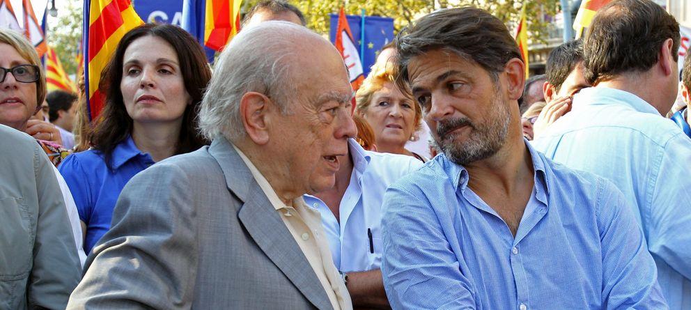 Foto: Jordi Pujol, junto a su hijo Oriol. (Efe)