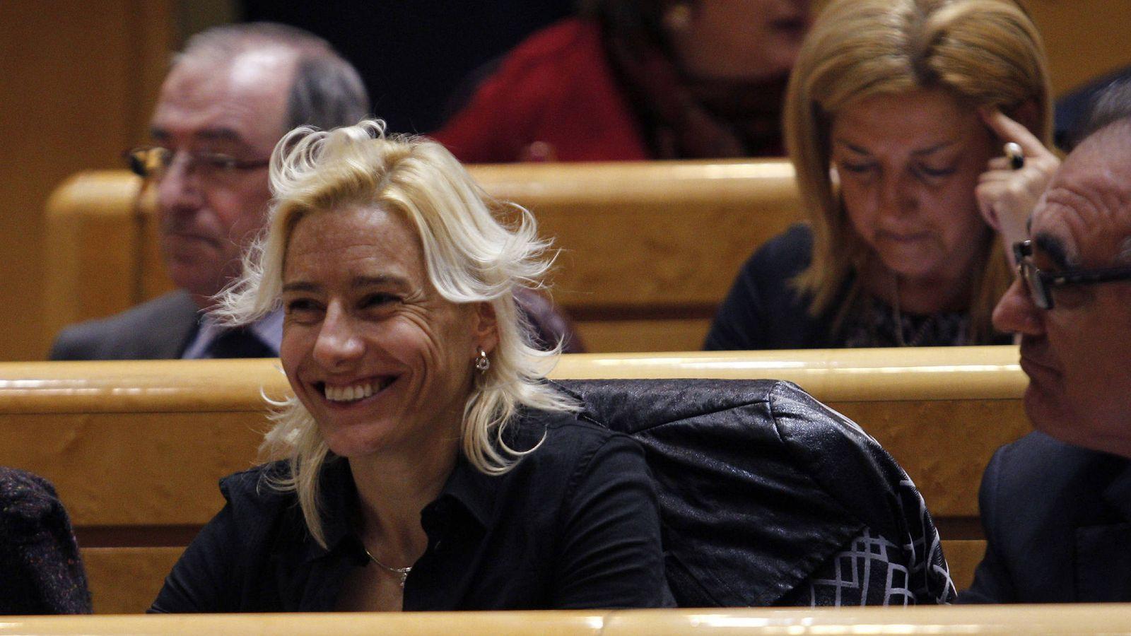 Foto: Marta Domínguez en el Senado (Efe).