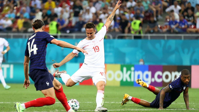 Gavranovic marca el gol que fuerza la prórroga. (EFE)