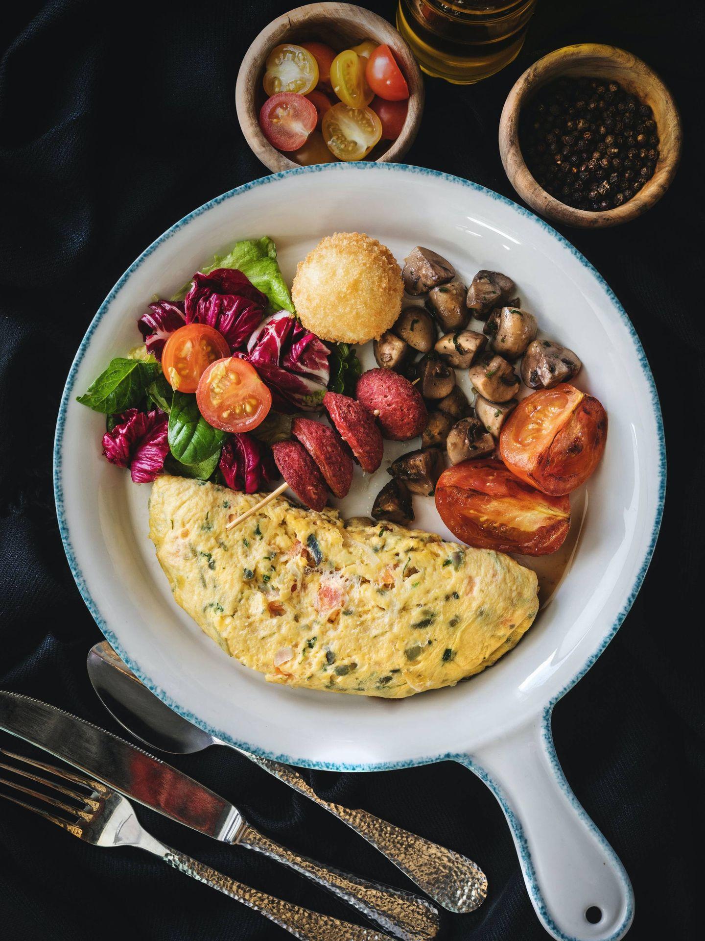Conviene incluir verduras y proteína en la cena. (Eiliv-Sonas Aceron para Unsplash)