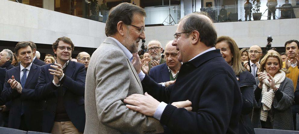 Foto: Rajoy y Herrera, en el acto de apoyo a la Constitución celebrado en diciembre en La Granja de San Ildefonso, Segovia. (EFE)