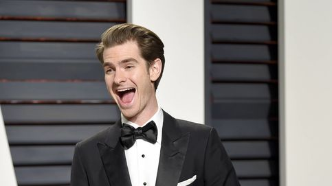 Andrew Garfield, actor de 'Spiderman' y ex de Emma Stone, sale del armario y la lía