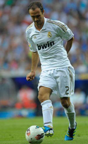 La afición del Bernabéu no quiere que Carvalho renueve por el Real Madrid
