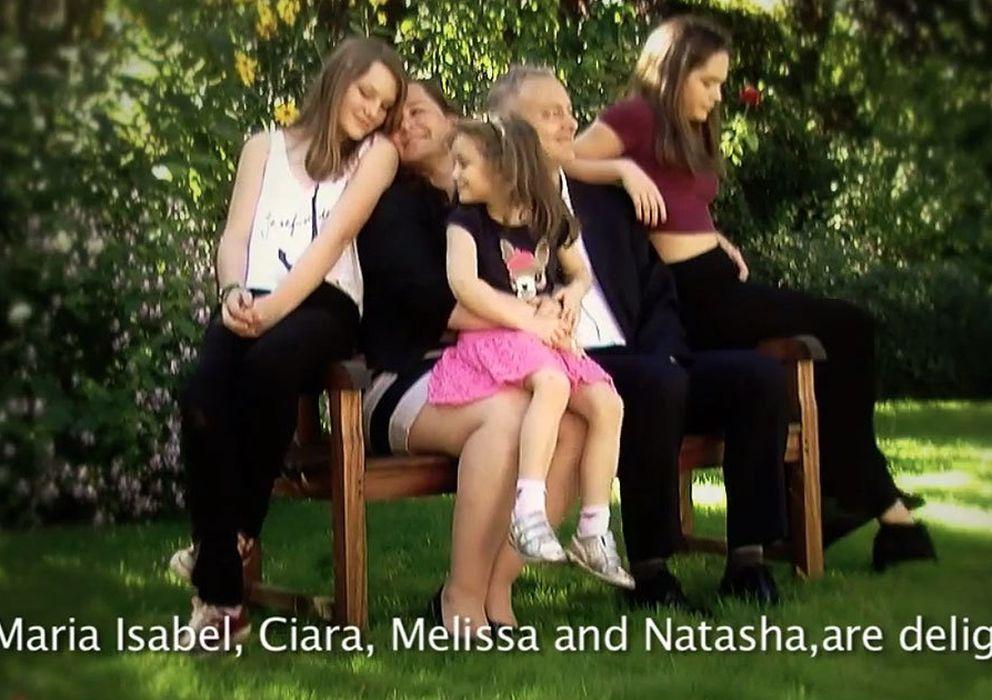 Foto: Imagen de la familia del nuevo embajador británico en Madrid (Youtube)
