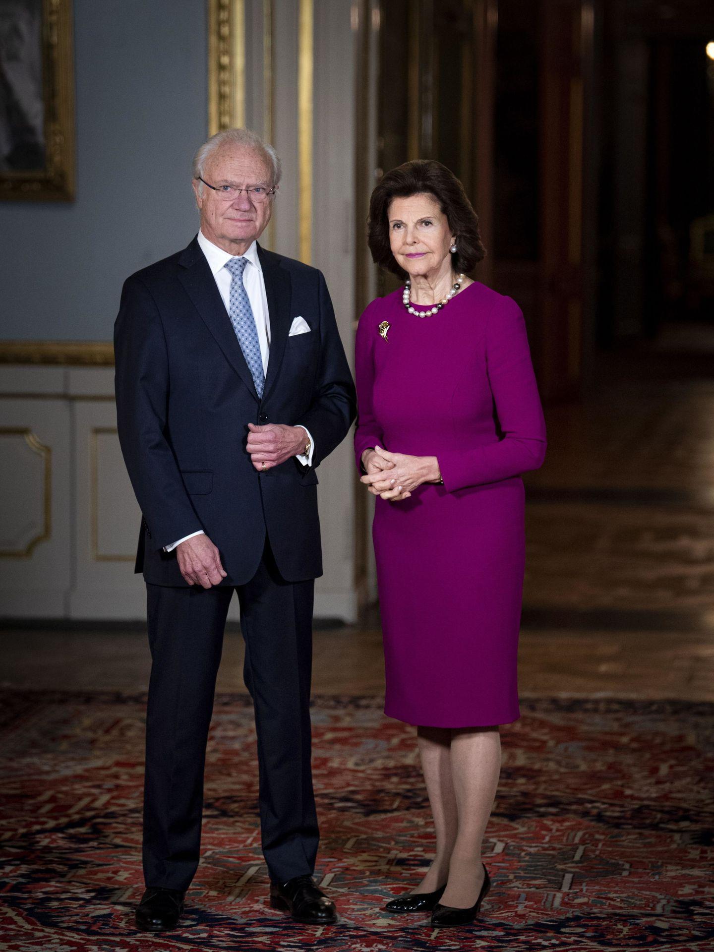 La reina Silvia y el rey Carlos Gustavo, en una imagen de archivo. (Reuters)