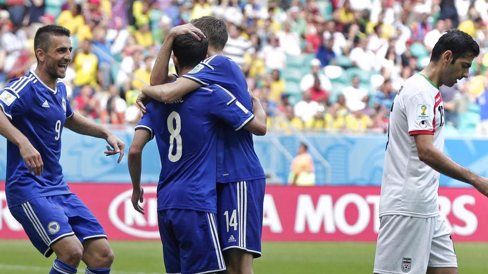 Dzeko se acuerda tarde de ayudar a una Bosnia que se va del Mundial