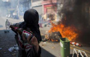 Los disturbios y el gas lacrimógeno empañan el inicio del Mundial
