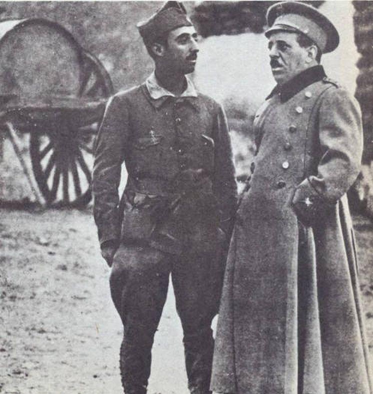 ¿Cuánto mide Francisco Franco? - Altura - Real height - medía - Página 14 Los-sanjurjo-echan-una-mano-a-los-franco-asi-fue-la-comida-entre-abogados-en-madrid