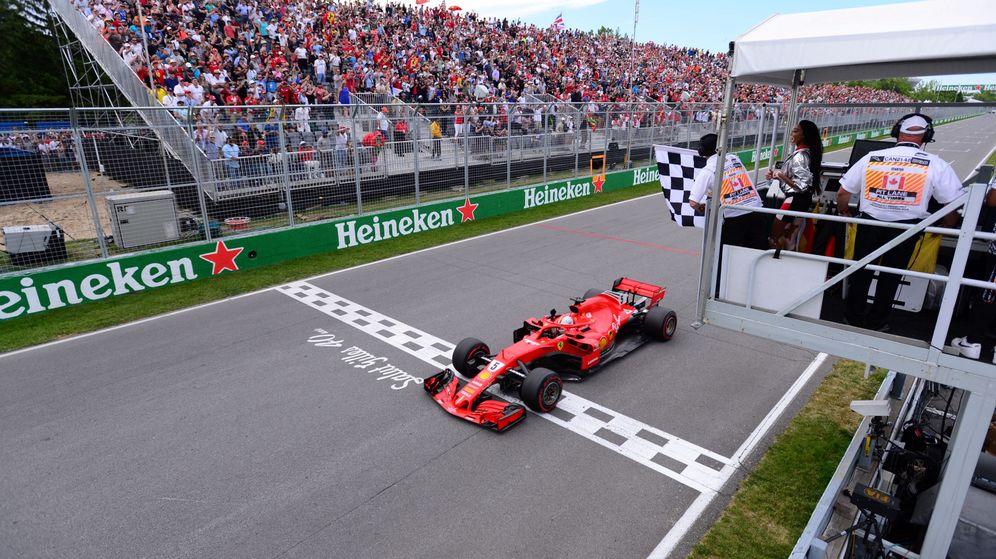 Foto: El absurdo error en línea de meta que pudo provocar una tragedia en el GP de Canadá. (Reuters)