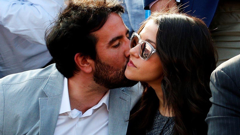 Inés Arrimadas, con su marido. (EFE)