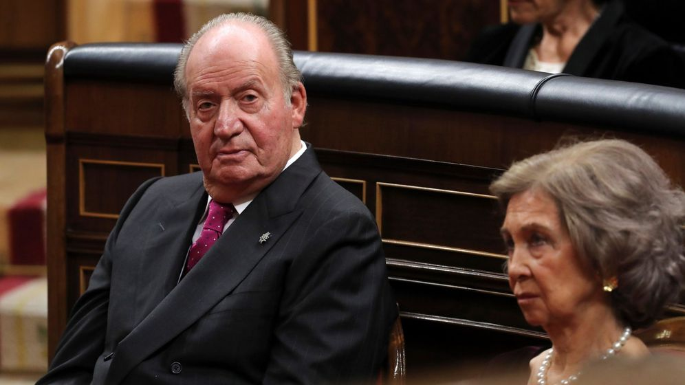 Foto: Fotografía de archivo (06 12 2018), del Rey emérito Juan Carlos, junto a la Reina emérita Sofía, en el hemiciclo del Congreso de los Diputados, durante la solemne conmemoración del 40 aniversario de la Constitución.
