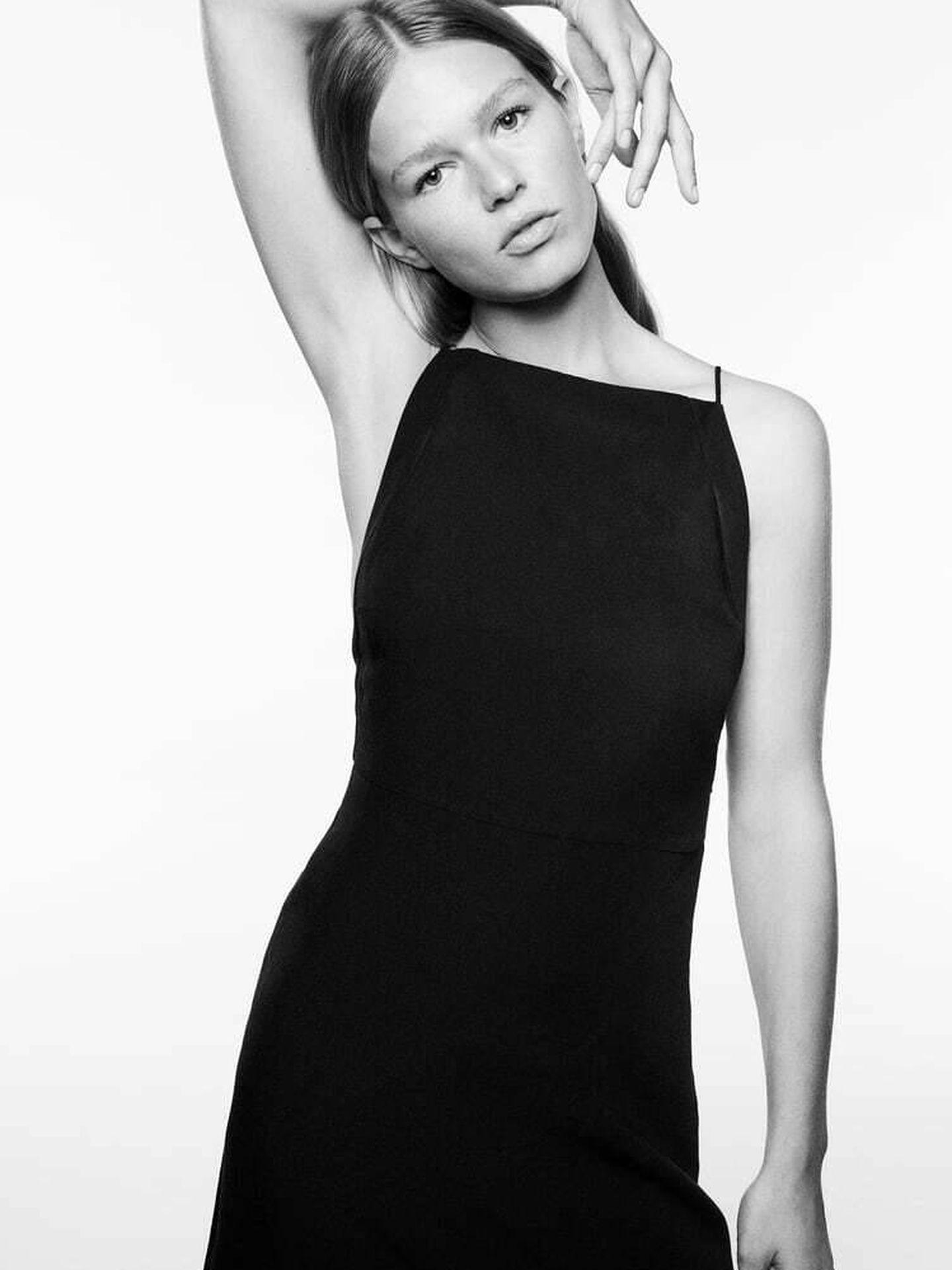 Un nuevo vestido negro de Zara. (Cortesía)