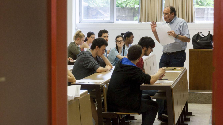 Foto: Este año se han realizado las últimas Pruebas de Acceso a la Universidad. ¿Volverán? (Efe/R. García)