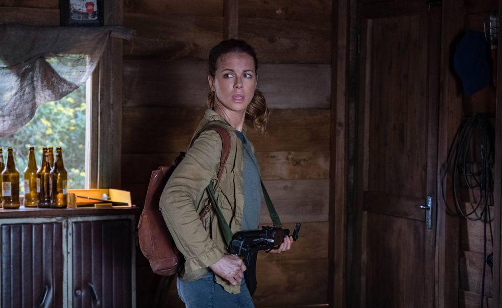 Foto: Kate Beckinsale en una imagen de 'La viuda'. (Prime Video)
