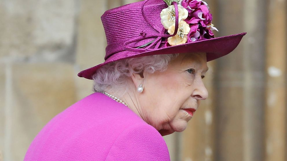 Isabel II y los duques de Cambridge conmemoran el domingo de Pascua