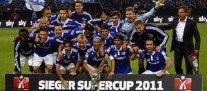 Raúl gana su segundo título en Alemania tras lograr la Supercopa