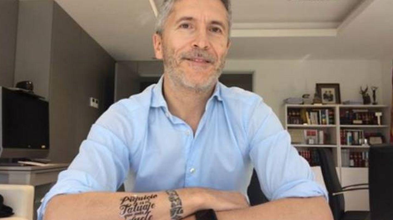 El tatuaje de Marlaska. (Fundación Secretariado Gitano)