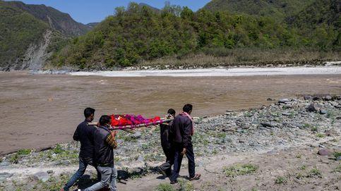 Revelan qué provocó la inundación en el Himalaya que dejó 200 desaparecidos