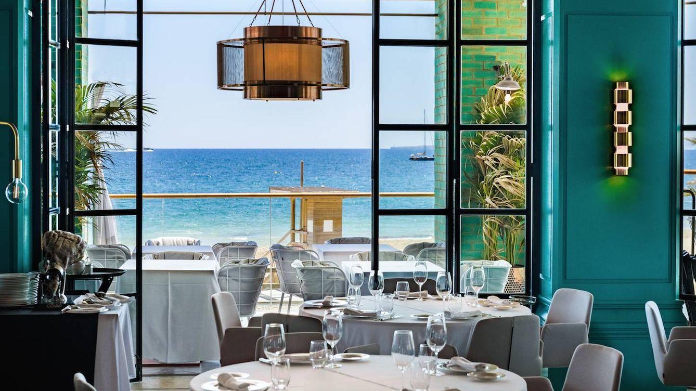 Tatel Ibiza, un balcón al Mediterráneo con alma de club de los años 20