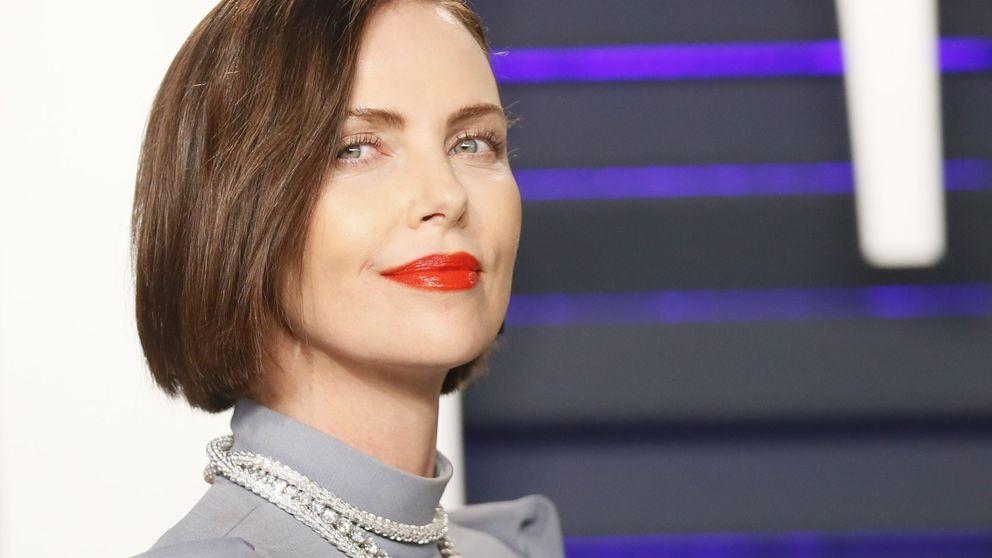 El make up de Charlize Theron en los Oscar, en tres pasos para hacer en casa