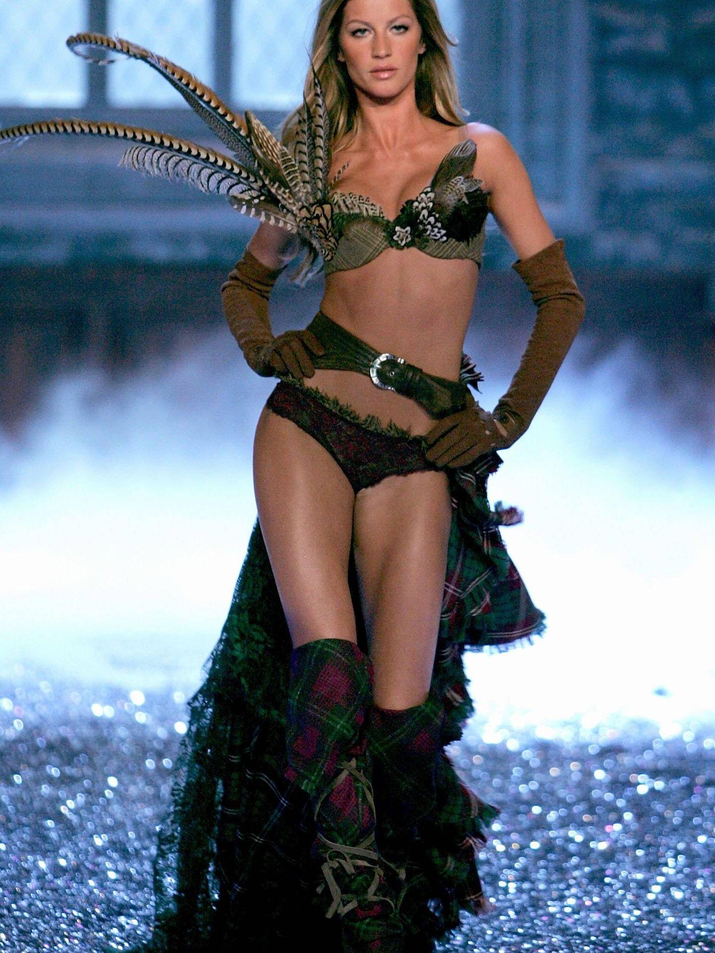 Gisele Bündchen en el desfile de Victoria's Secret (Mark Mainz/ Getty).