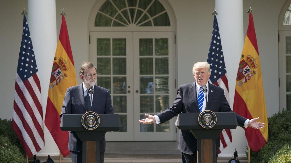 Foto: El presidente de Estados Unidos, Donald Trump (d), y el presidente del Gobierno español, Mariano Rajoy (i), ofrecen una rueda de prensa tras su reunión en la Casa Blanca. (EFE)
