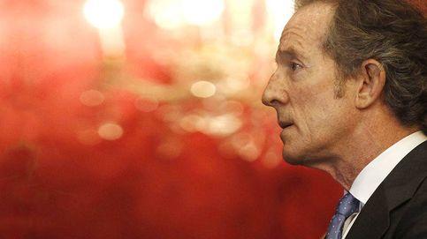 Los feos a Alfonso Diez en el aniversario de la muerte de Cayetana de Alba