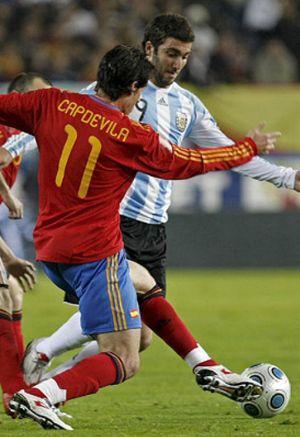 El núcleo de la 'Roja', convocado por Cruyff para el Catalunya-Argentina