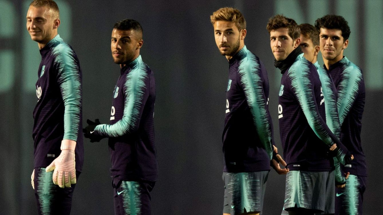 La historia de Samper: Iniesta rescata a la joya del Barça que sale por la puerta de atrás