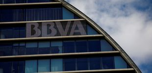 Post de BBVA recompra 166 sucursales bancarias a Merlín por 252 millones